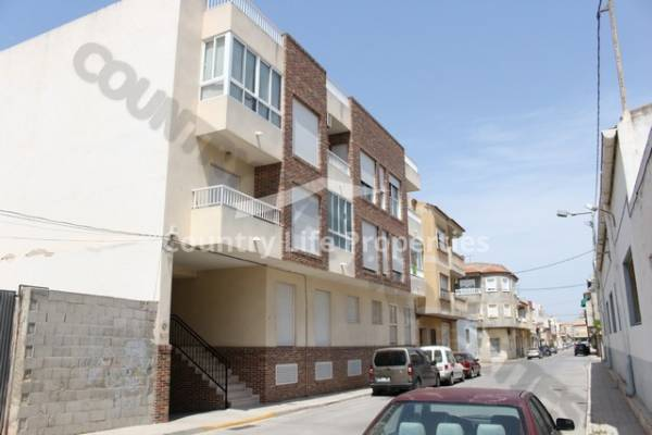 Apartment - Long term let - Dolores - Town