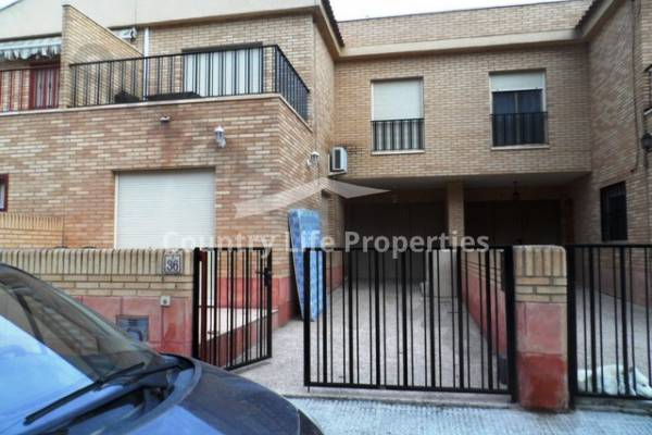 Townhouse - Long term let - Dolores - Town