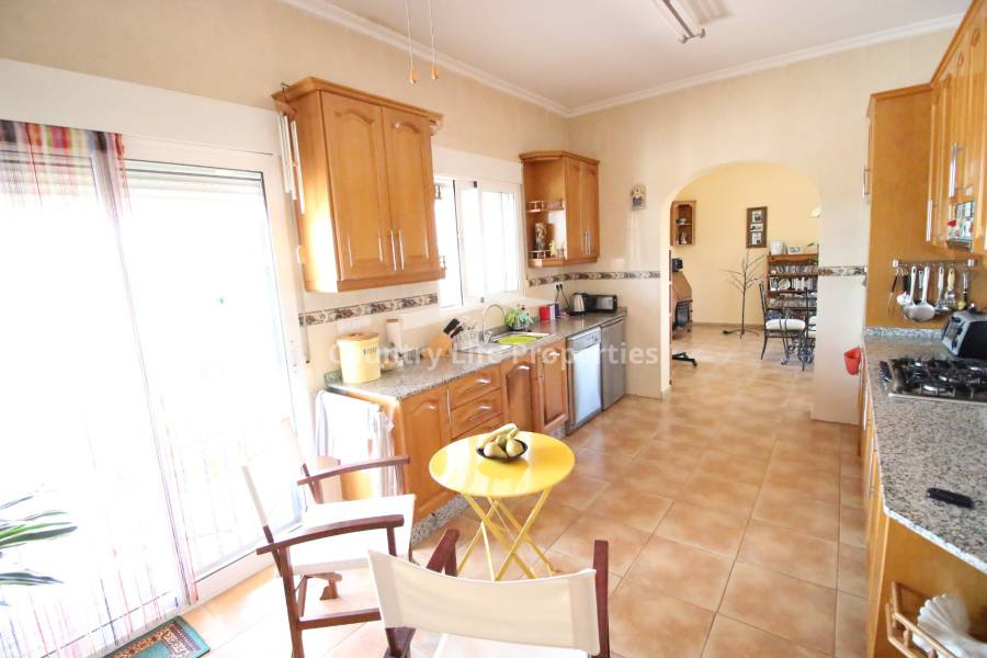 Resale - Country house - Dolores - Countryside