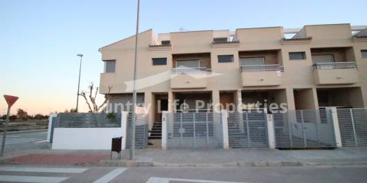 Townhouse - Resale - Dolores - Nuevo Sector