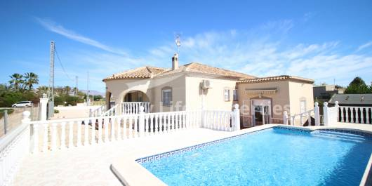 Villa - Resale - Dolores - Countryside