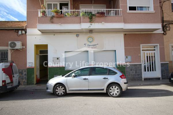 Commercial - Long term rental - Dolores - Town